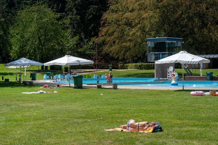 Er gaan veel minder mensen naar Zwembad Klarenbeek in Arnhem.