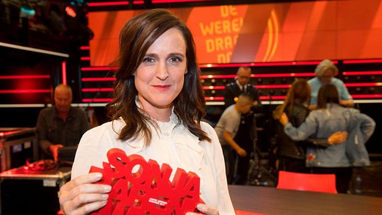 Janine Abbring won de Sonja Barend Award voor haar gesprek met Eberhart van der Laan in Zomergasten. Beeld anp