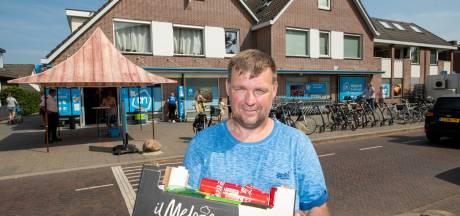 Super in Beekbergen scherpt deurbeleid aan: 'Ik vind het wel zo veilig, zoals het hier nu gaat'