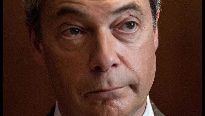 De Republikeinen leunen op de ervaring van Nigel Farage voor een 'electorale coup' in Californië.