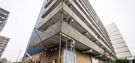 Vijf flats in Enschede uit voorzorg gestut