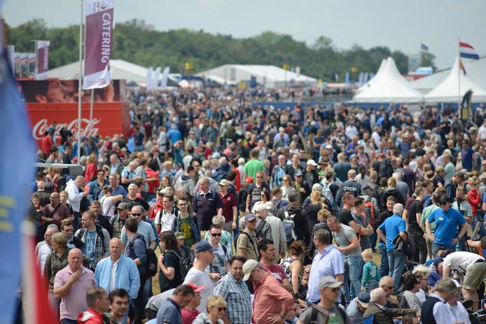 Rond 14.00 uur waren er zo'n 50.000 bezoekers op het terrein.