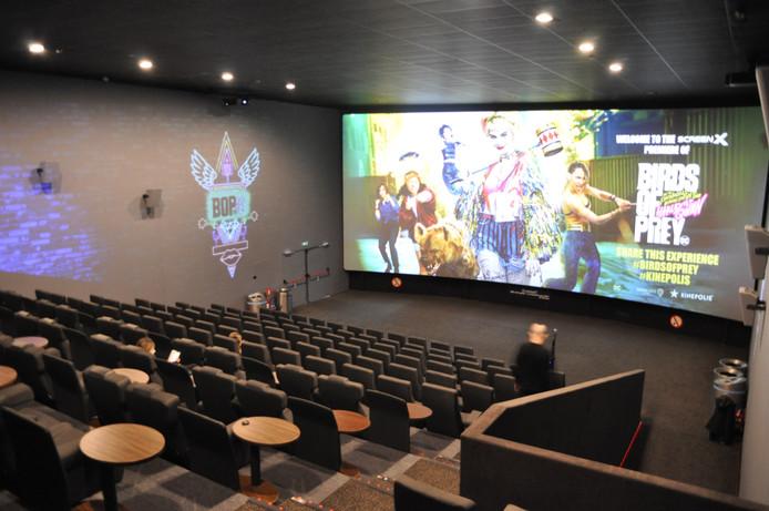 Bioscoopzaal Kinepolis in Antwerpen waar de Roparun-lopers doorheen gaan.