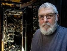 300 tropische vogels van Jan uit Deventer overleven verwoestende volièrebrand niet