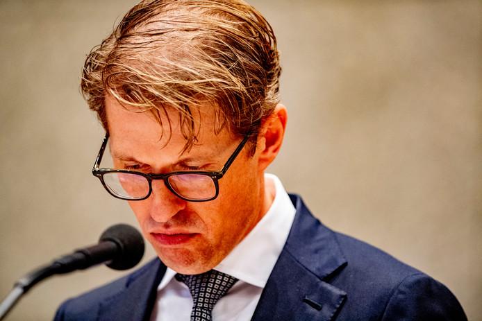 Minister Sander Dekker (Rechtsbescherming) tijdens een debat in de Tweede Kamer.