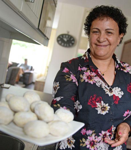 De Koerdische recepten van Parwin uit Bentelo kosten tijd, maar zijn wel 'heel erg lekker'