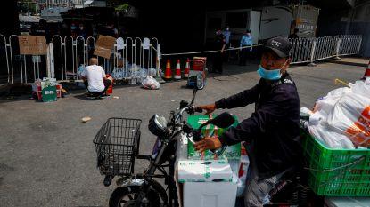 Peking test alle pakketkoeriers en voedselbezorgers op corona