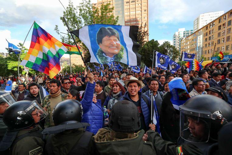 Aanhangers van president Evo Morales. Beeld Hollandse Hoogte / EPA