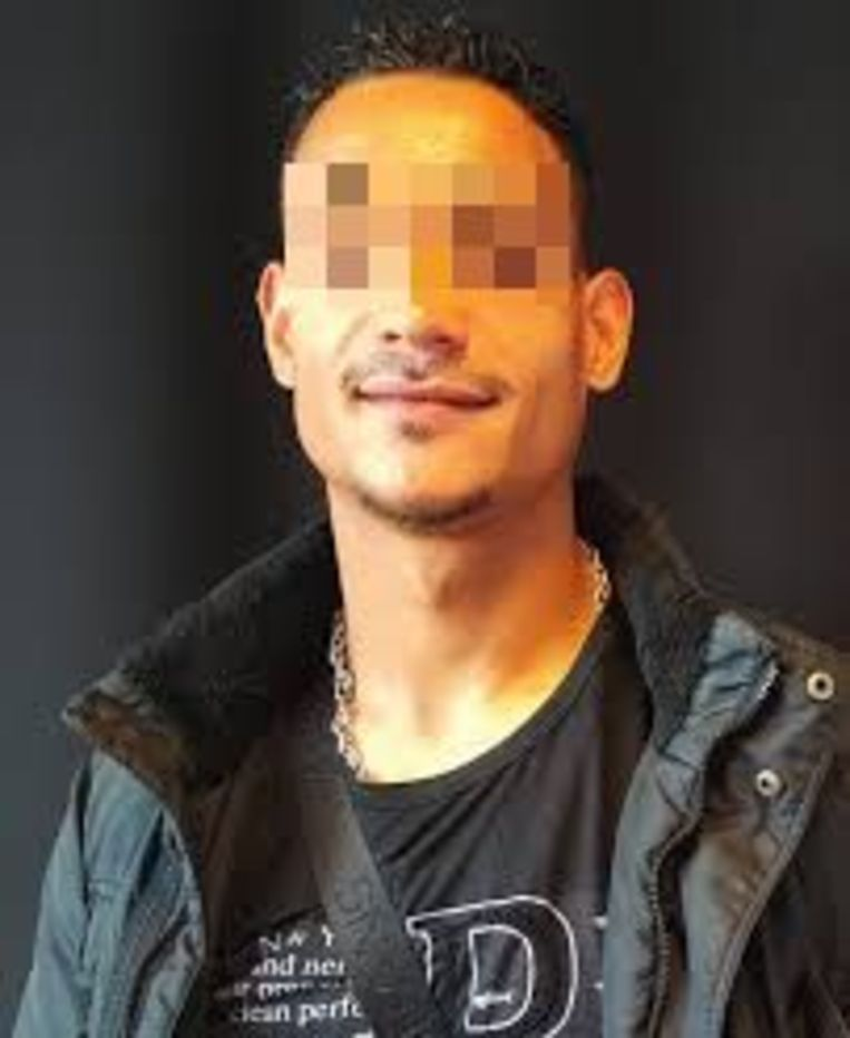 Jhualy A. die gold als rolmodel voor criminele jongeren die terug op het rechte pad komen,  is één van de veroordeelde overvallers.