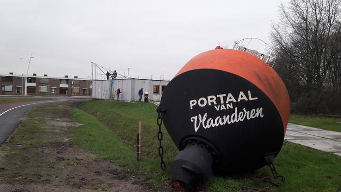 Tijdelijk onderkomen Portaal van Vlaanderen aan de Terneuzense Binnenvaartweg.
