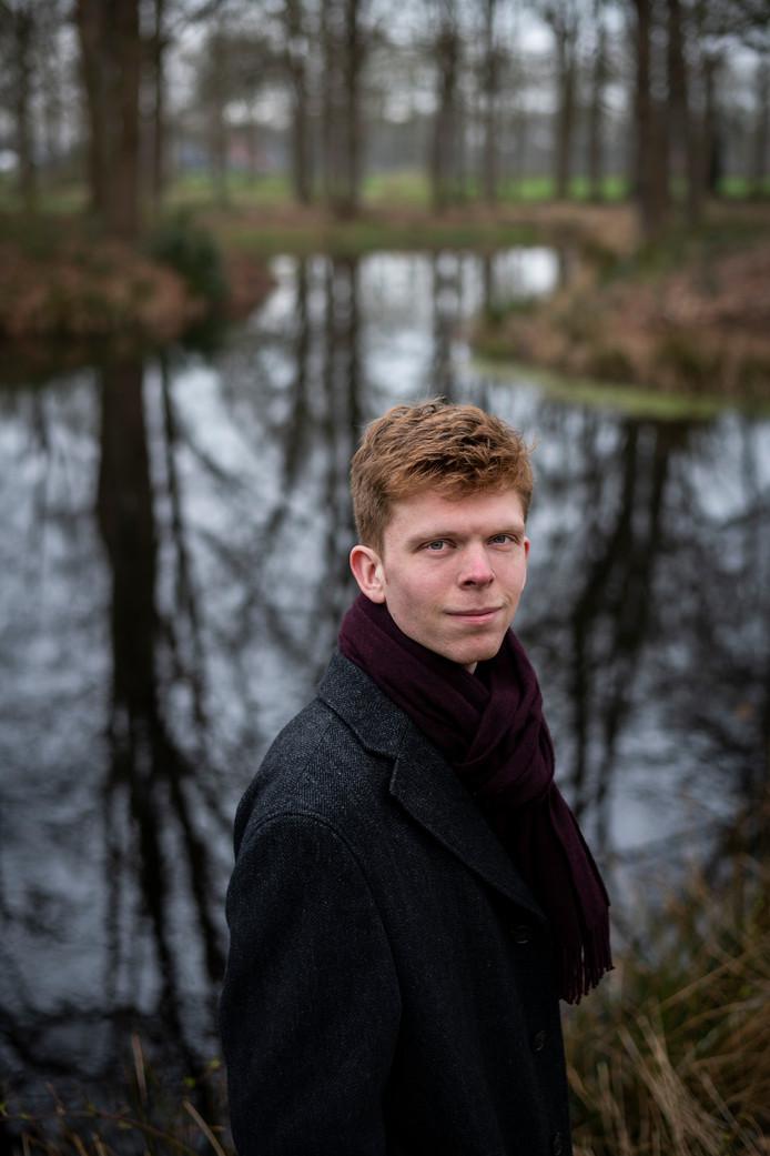 Partijvoorzitter Sebastiaan Wolswinkel (25) wordt tegengewerkt door oudgedienden binnen zijn partij