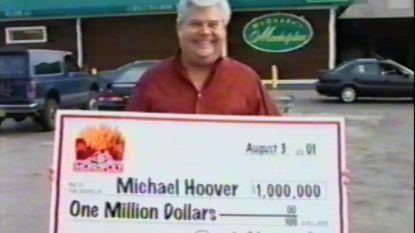 Jarenlang probeerde iedereen miljoenen te winnen met spel McDonald's. Eén man lichtte al die tijd de boel op