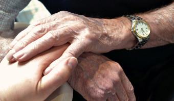 Welk einde is gepast voor mijn demente moeder?