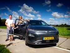 René rijdt straks 1100 kilometer per week in een elektrische auto: 'Benieuwd of dat lukt!'