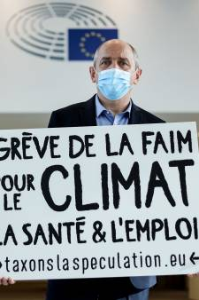 """Un eurodéputé entame une grève de la faim pour dénoncer un budget européen """"scandaleux"""""""