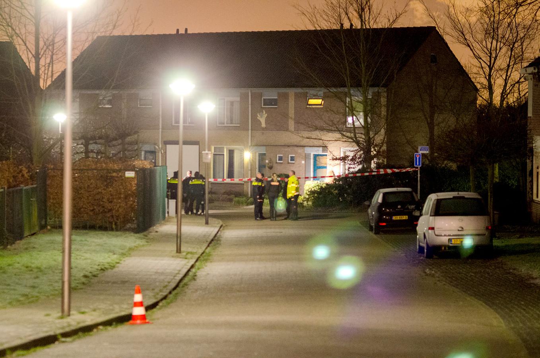 Foto Vincent Krijtenburg In de hoekwoning aan de Burgemeester van Gilshof werd Ulas Iskar doodgeschoten.