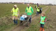 Zwerfvuil ruimen tijdens World Cleanup Day