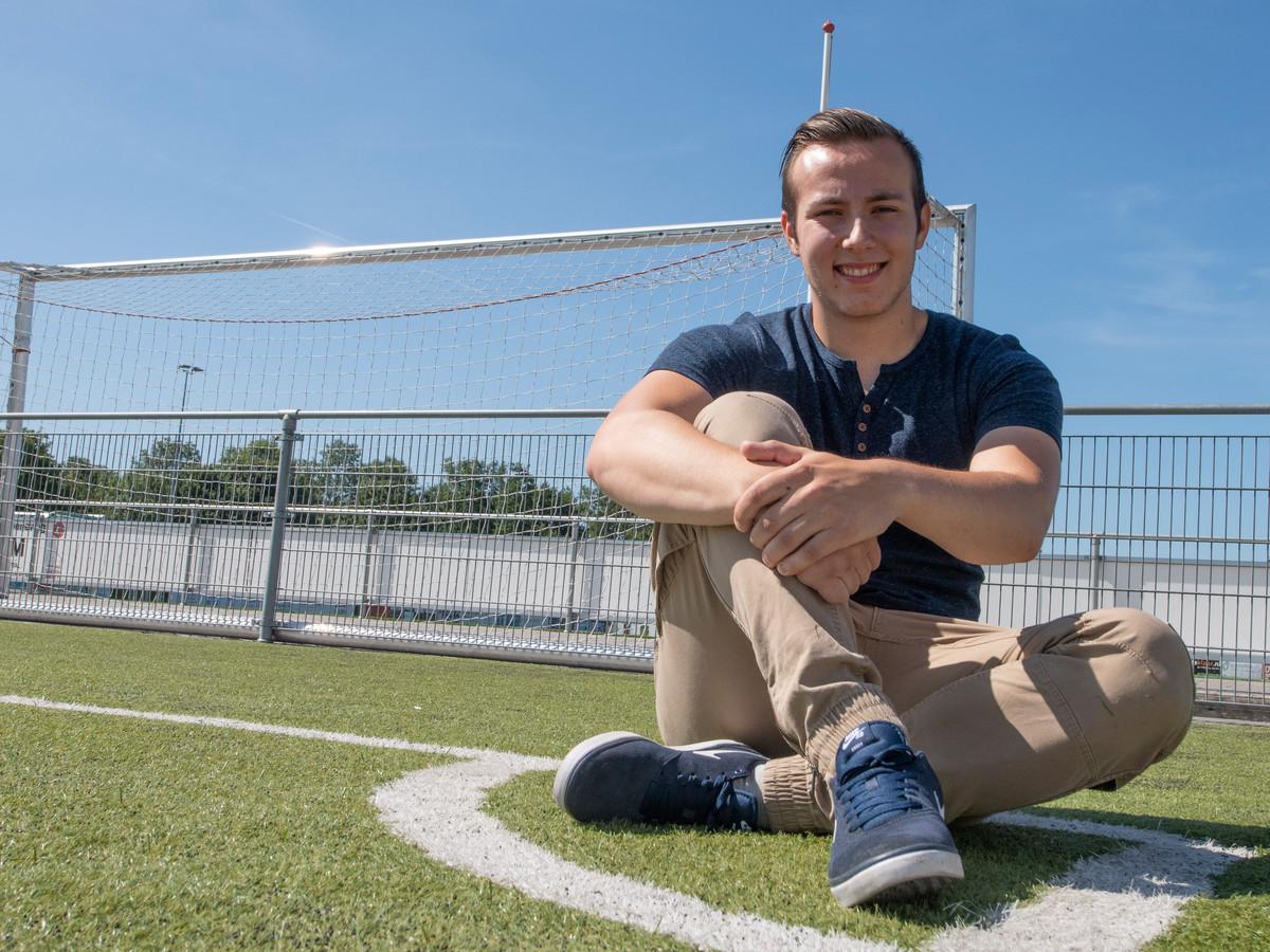 Erik Plesec verhuisde naar Zevenhuizen en gaat voetballen bij Groeneweg.