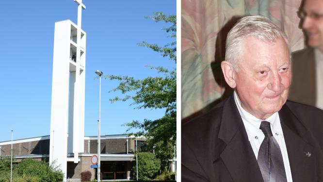 Sint-Jansparochie rouwt om Marcel Van Peteghem (91), de pastoor die zijn eigen kerk mocht bouwen