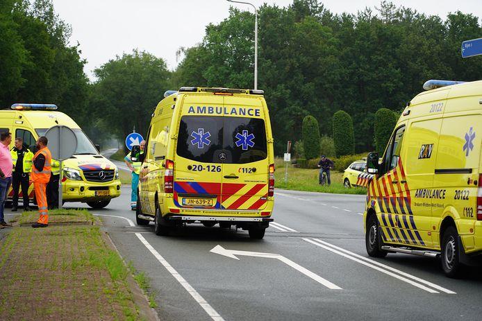 Ongeluk met fietser en motorrijder in Dorst.