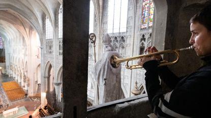 Portugese trompettiste steekt Sint-Romboutskathedraal in BRAND!