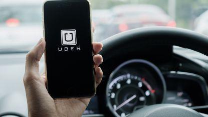 Verplichte wachttijd voor wie online of telefonisch taxi bestelt zal worden bijgestuurd