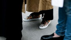 Sneakerwinkel Size? toont voor eens en voor altijd aan waarom je sokken in sneakers moet dragen