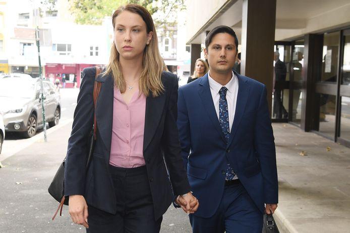 Beschuldigden Blake Davis en Hannah Quinn.