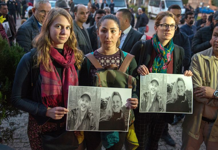 Foto's van de twee vermoorde vriendinnen. Beeld EPA