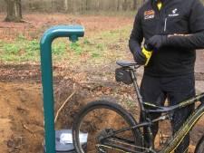 Mountainbiker kan vanaf nu hun bidon vullen langs trajecten Utrechtse Heuvelrug