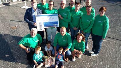 Memorial Nicole Verheggen levert cheque van 4.000 euro op voor Kinderkankerfonds