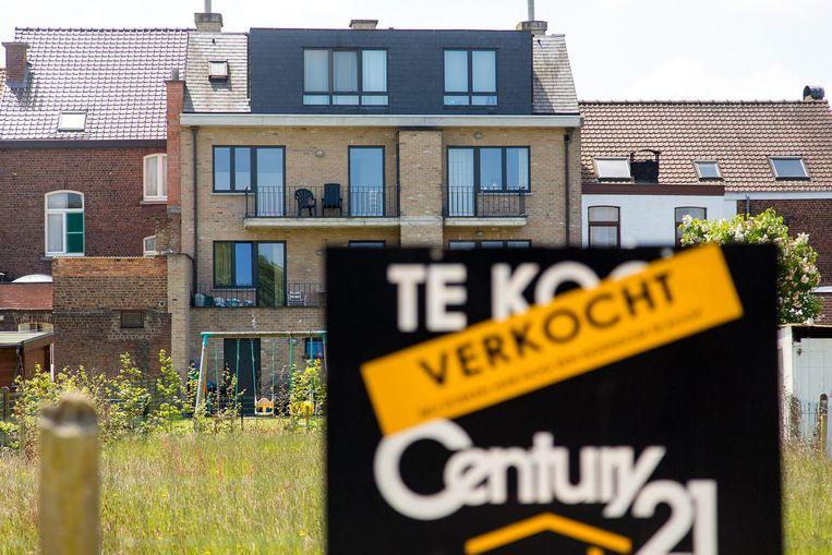 Container Verkoop Huizen : Verkoop huizen en appartementen stuikt in elkaar: vlaming wacht op