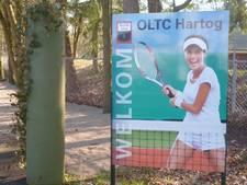 Leden en oud-leden Osse tennisclub Hartog vieren 90-jarig bestaan met reünie