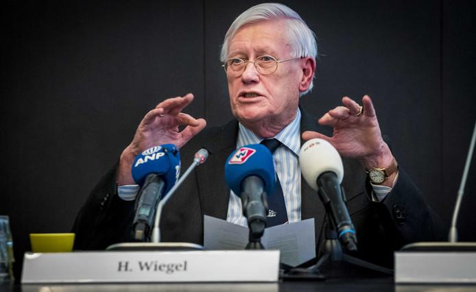 Hans Wiegel, informateur voor provincie Zuid-Holland, tijdens een startbijeenkomst over het informatieproces voor Zuid-Holland.