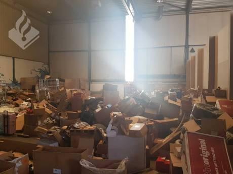 Vrachtwagen met duizend postpakketten gestolen