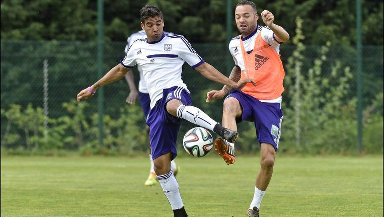 Ronald Vargas en Demy de Zeeuw samen in actie op training