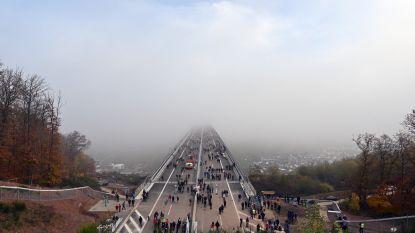 Omstreden Duitse brug open: hoger dan Dom van Keulen, maar nu al twijfels over nut