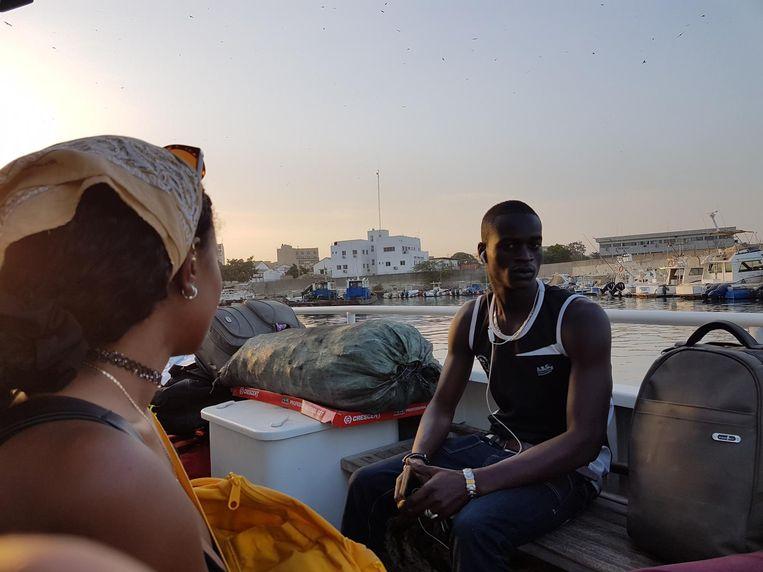 Feesten in Senegal om een volgende stap uit te stellen. Beeld Mounir Samuel