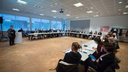 Nederlandse delegatie neemt Genkse aanpak tewerkstelling kansengroepen als voorbeeld