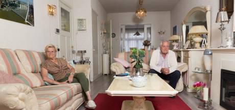 Rotterdam om 18.30 uur: arm of rijk, in bijna elke huiskamer is het gezellig