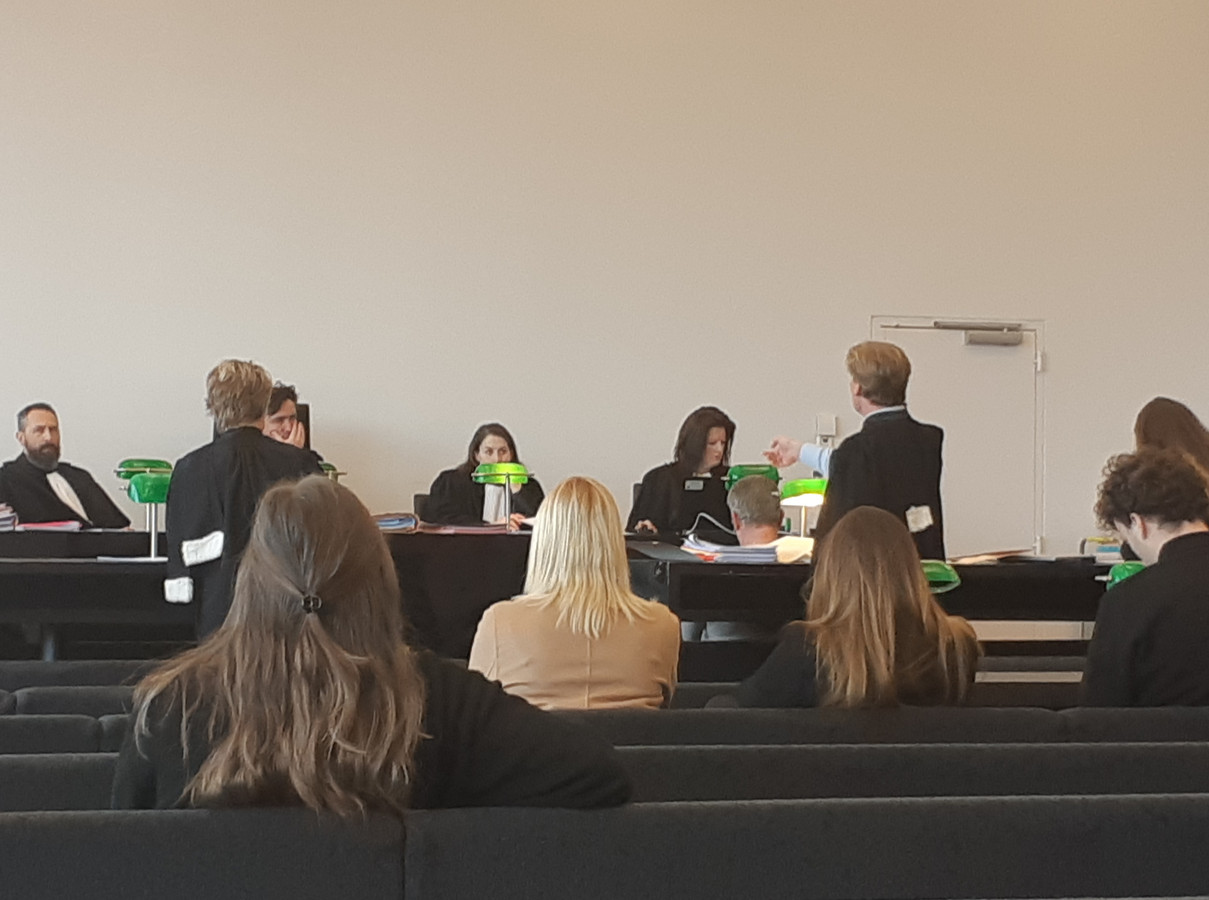 Advocaat Frank Scheerlinck vraagt de vrijspraak voor de takelaar.