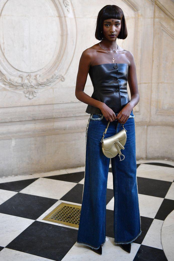De Belgische Marie-Pierra Kakoma met Congolese roots deed in januari ook mee aan een modeshow van Dior in Parijs.