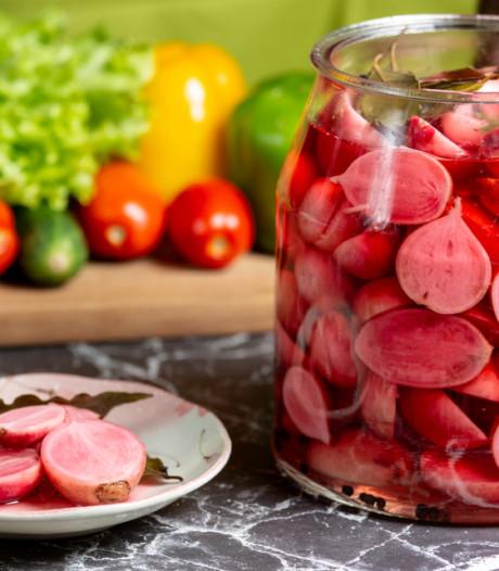 Kritiek op kookboek: Vrouw die menstrueert uit de keuken weren