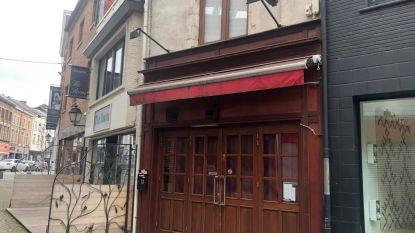 Politie beboet café dat stiekem toch open is: 4.000 euro voor uitbater én vier aanwezigen!