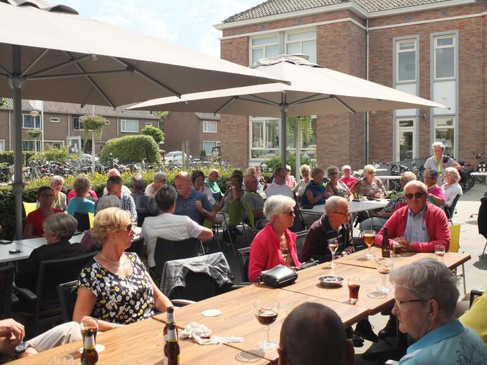 Aan de fietsdriedaagse van de KBO Etten namen dit jaar ook leden van katholieke bonden van ouderen uit onder meer Leur en Liesbos deel.
