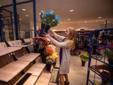 Vlaardingse Hoogvliet in vier dagen verhuisd naar noodwinkel: 'Hadden zeventien vrachtwagens nodig'