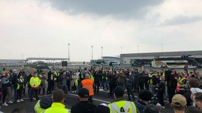 Ondanks verbod verzamelen toch tientallen Swissport-medewerkers op luchthaven
