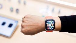 """Cardioloog daagt Apple voor rechter: """"Mijn uitvinding zit in de Apple Watch"""""""