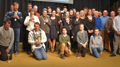 Bo De Clercq en collega's krijgen sporttrofee