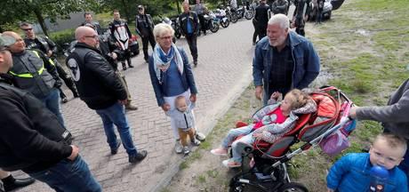 Motormuizen uit hele land halen 1800 euro op voor zieke Kim uit Best